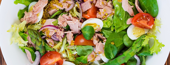Asparagus and Tuna Salad with Homemade Mustard Dressing